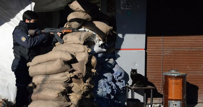 Cizre ve Sur'da 6 terörist öldürüldü!