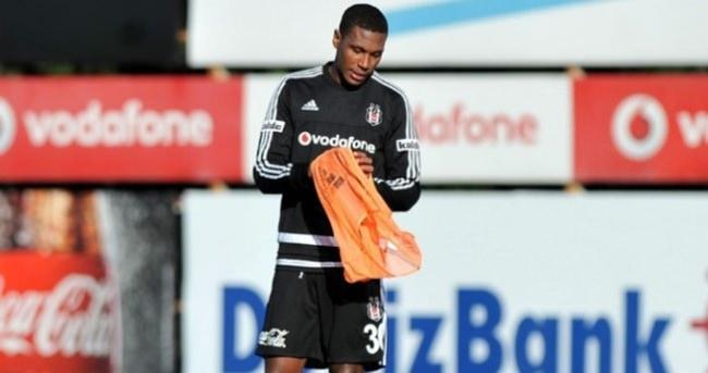 Beşiktaş'la ilk antrenmanına çıktı