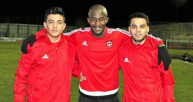 Gaziantepspor'da yeni transferler antrenmana çıktı