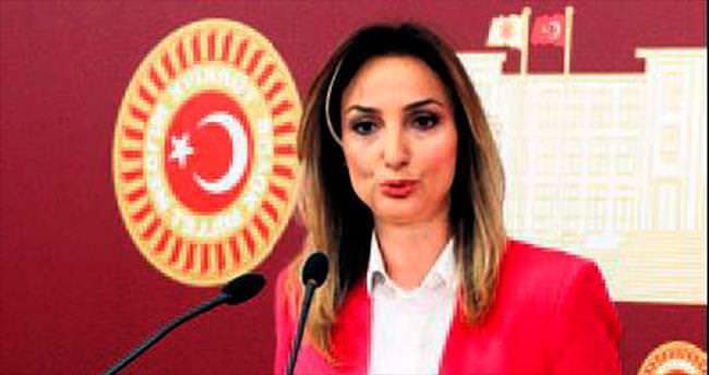 Poster krizi faturası Nazlıaka'ya kesildi