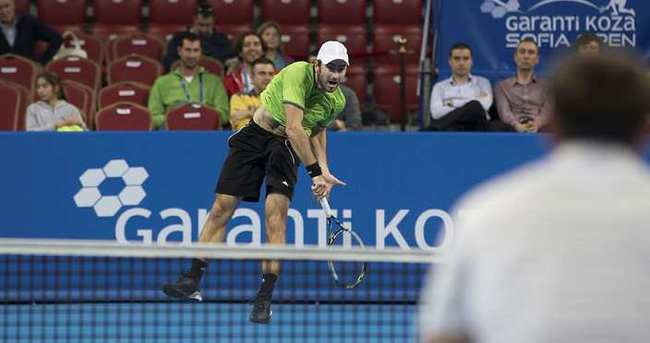 Tuna Altuna, ATP Turnuvası'nda çeyrek finale çıktı