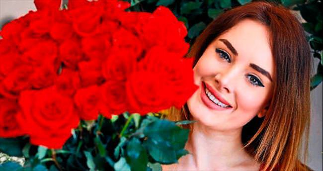 14 Şubat gülleri hazır