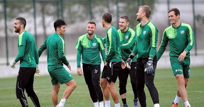 Bursaspor, Medipol Başakşehir maçına hazır