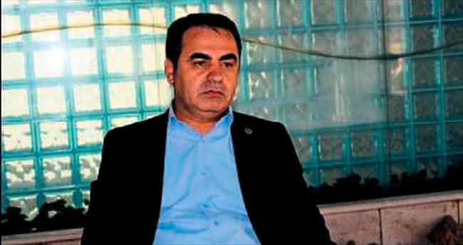 AK Parti İzmir'de eski vekillere görev