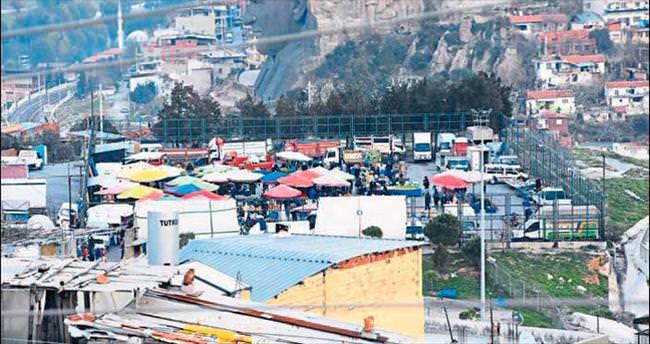 Konak'ta pazar isyanı