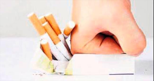 Sigara içenlerin ömrü kısalıyor