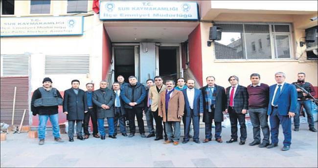 Ankaralı hukukçulardan Sur'a 'moral' operasy