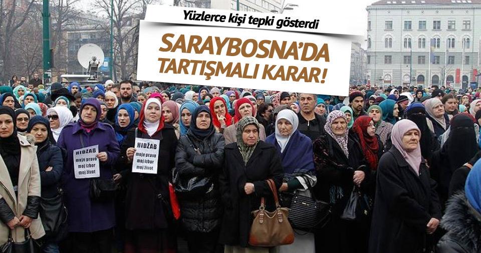 Saraybosna'da yüzlerce kişi başörtüsü için yürüdü