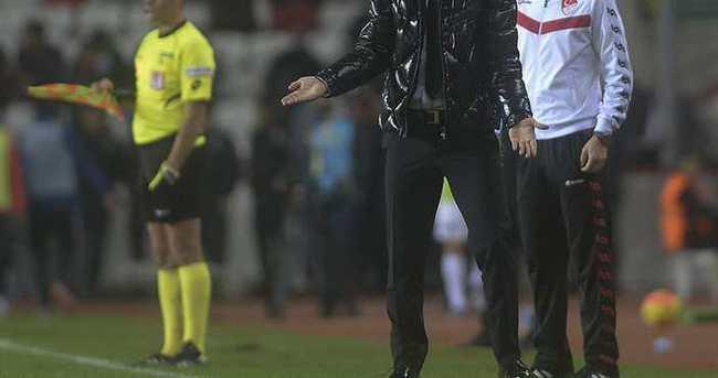 Süper Lig'de teknik direktör değişiklikleri