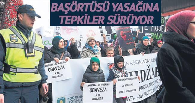 Bosna'da başörtüsü yasağına tepkiler sürüyor