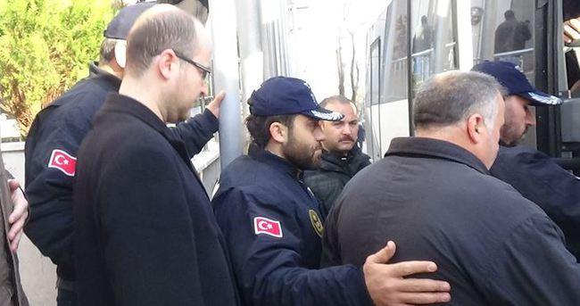 Gözaltına alınan 20 şüpheli adliyeye sevk edildi