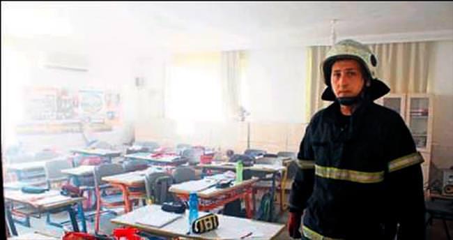 İlkokulda yangın paniği yaşandı