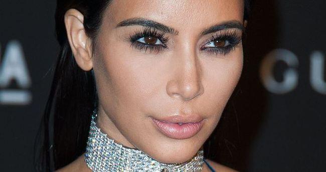 Kim Kardashian'a olan benzerliği şaşkınlık yarattı!