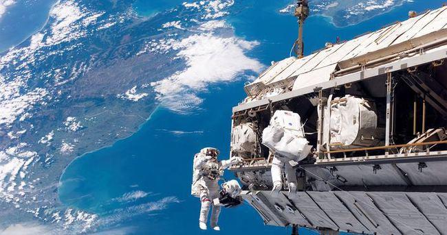 NASA'da çalışmak için gerekli olan diller?