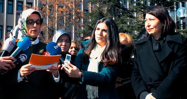 AK kadınlar 'küfür' siyasetine 'dur' dedi