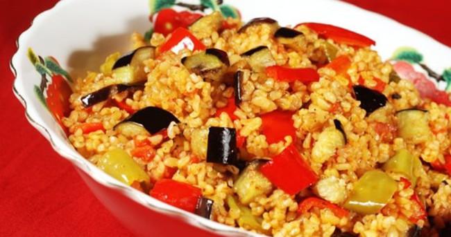 Sebzeli Bulgur Pilavı Nasıl Yapılır?