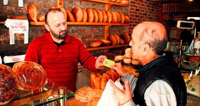 41 Kart'a ekmek 1 lira