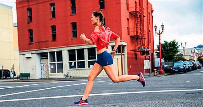Spor ayakkabıyla sokaklara çıkma vakti