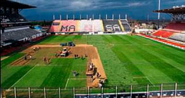 Manisa Stadı yenileniyor