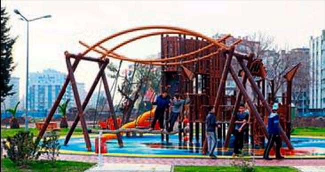 İhsan Alyanak Parkı yenilendi