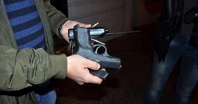 Ruhsatsız silah satanlara baskın