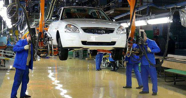 Ekonomik kriz 'Avtovaz'ı da vurdu