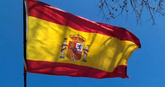 İspanya'da Halk Partisi'nin Madrid'deki başkanı istifa etti