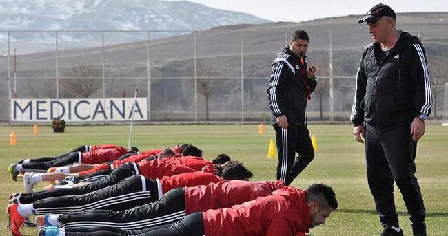 Mesut Bakkal'ı Sivas'ta zor görev bekliyor