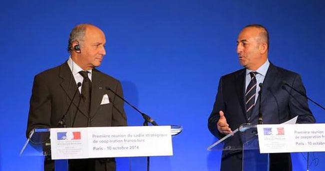 Mevlüt Çavuşoğlu, Laurent Fabius ile görüştü