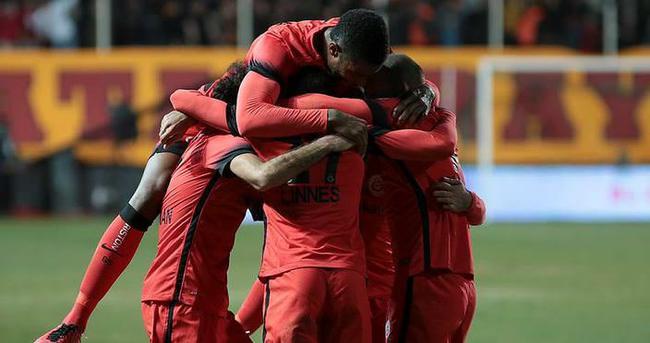 Galatasaray - Lazio maçı ne zaman hangi kanalda saat kaçta?