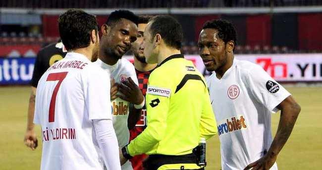 Eto'o ilk kez Süper Lig maçında olmayacak