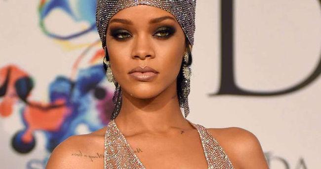 Doktoru Rihanna'yı uyardı!