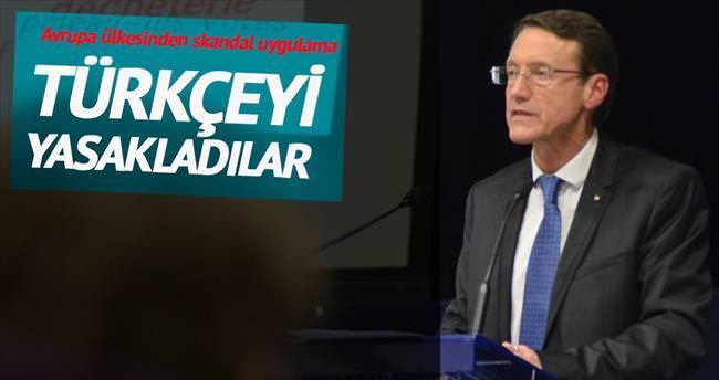 Türkçe ve Arapça dersleri yasaklandı
