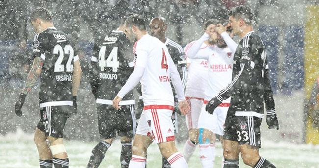 Beşiktaş'ın maçı bu akşam 12'nci dakikadan başlayacak
