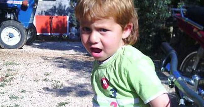 Ev yangınında 5 yaşındaki çocuk öldü