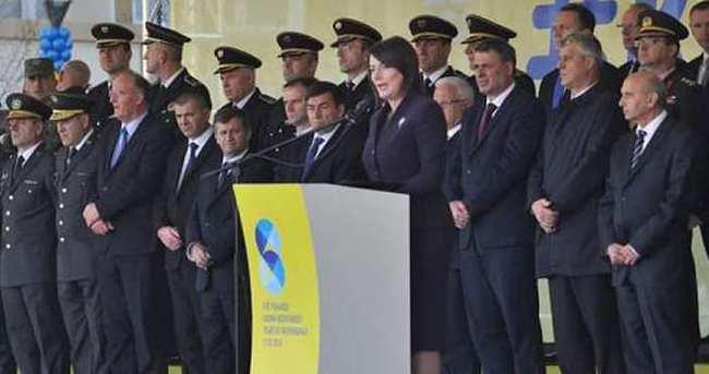 Kosova bağımsızlığının 8. yılını kutluyor