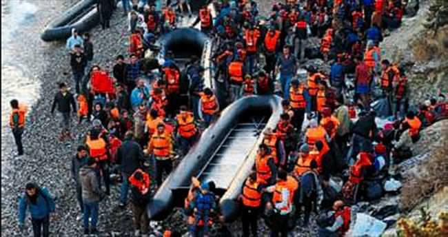 100 umut yolcusu Çeşme'de yakalandı