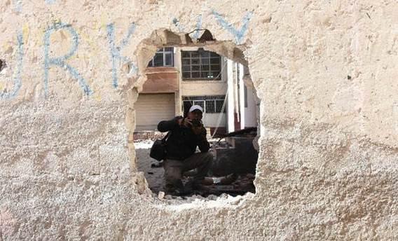 Nusaybin'de PKK'dan okula molotoflu saldırı