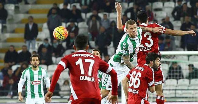 Torku Konyaspor kendi evinde galip