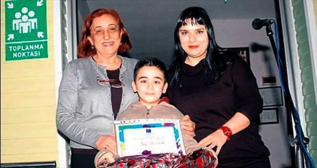 Adana Koleji ödülle başladı