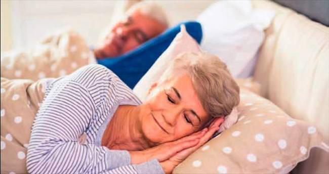 8 saatten fazla uyku felç riskini artırıyor