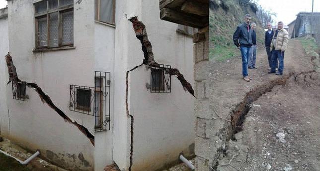 Heyelan iki evi neredeyse yıkıyordu