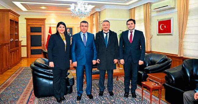 Türkiye Turistiyiz kampanyasına destek
