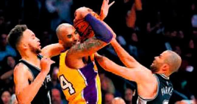 Sert çocuk Kobe Bryant!