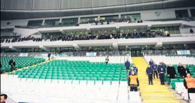 Sıfır seyirci 1150 polis!