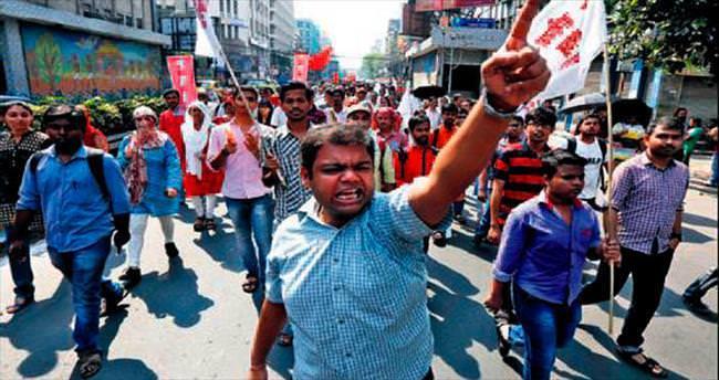 Hindistan'da kast isyanı: 10 ölü