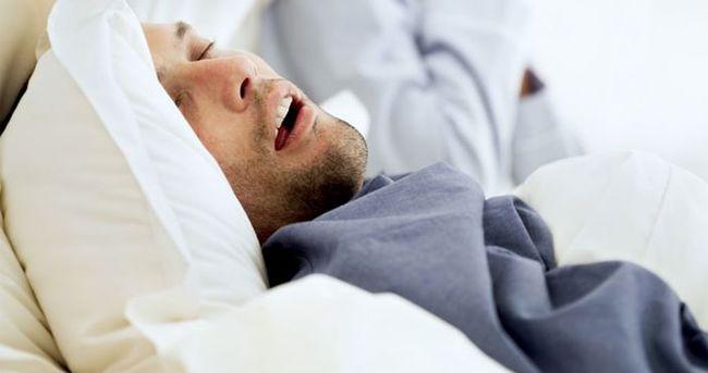 ''Uyku apnesi kalp krizi riskini artırıyor''
