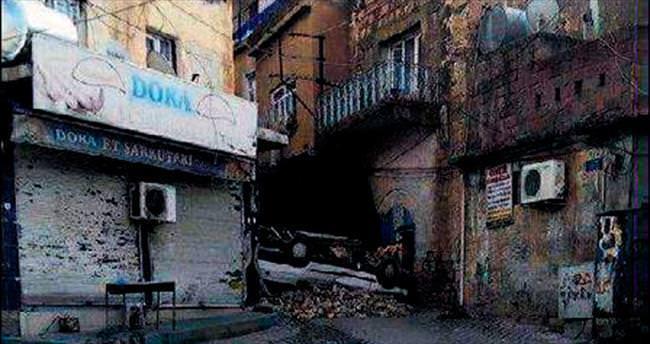 Derik ve İdil'de 8 terörist öldürüldü