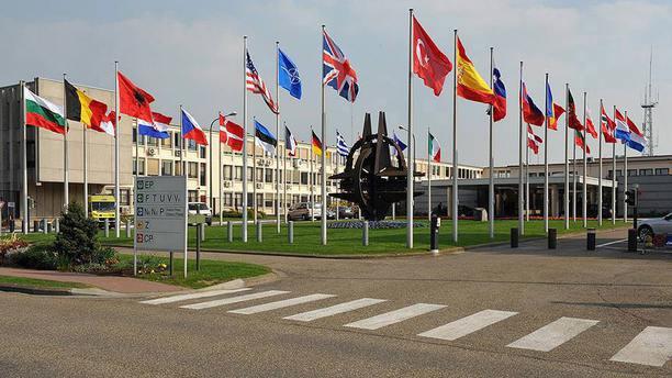 Türkiye NATO üyesi olarak ABD'nin eylemlerini sorgulayabilir