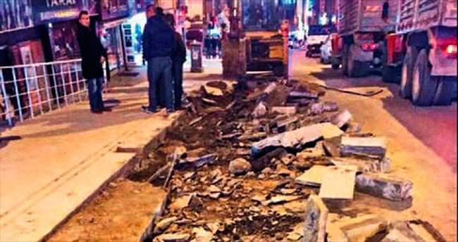 Kırıkkale'de Ankara Caddesi genişliyor